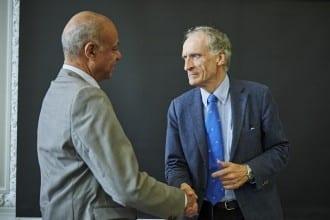 Danske Professionshøjskoler Formand for rektorkollegiet Harald Mikkelsen og Kultur- og Kirkeminister Bertel Haarder