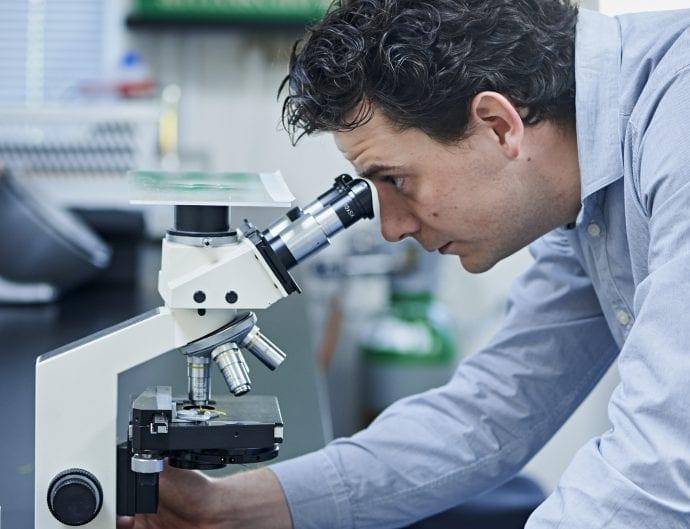 Professionshøjskolerne ser frem til at indfri nogle af de vigtige samfundsmæssige forsknings- og udviklingsopgaver, FORSK 2025 kataloget kortlægger