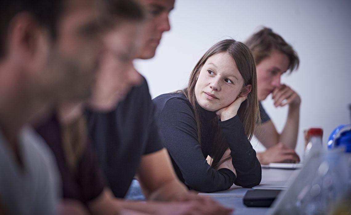 Lærer studerende på MetropolNyelandsvej 27 i København